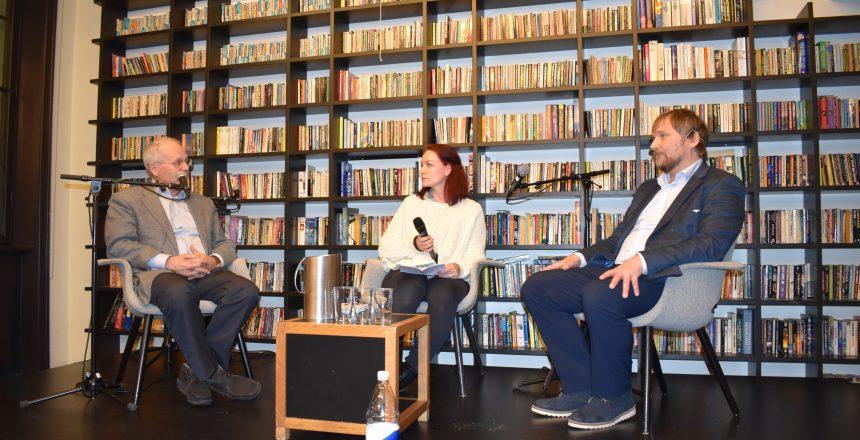 På bildet fra venstre: Ulrik Fredrik Malt, Nora Graff Kleven og Jan-Magne Sørensen. Fotograf: Ekaterina Saratovskaya © Hvite Ørn Norge